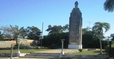 Obelisco de Jaruco. Foto Marlene Caboverde