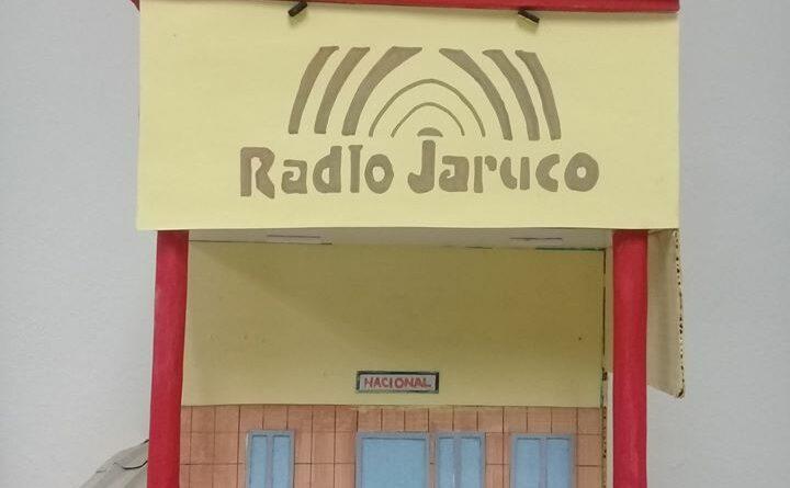 Radio Jaruco en una maqueta