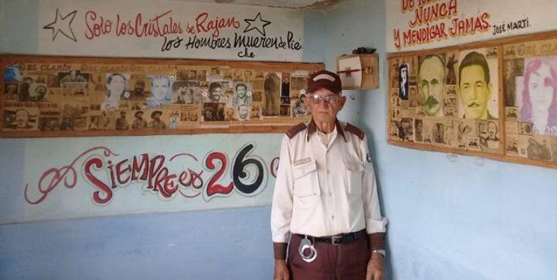 Leandro Nimo Vigoa es de esos hombres que defiende la Patria en la primera trinchera de combate. Foto Yordan Díaz