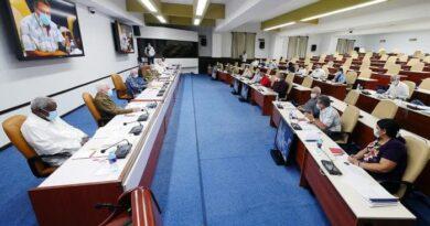 Presidido por su Primer Secretario, el General de Ejército Raúl Castro Ruz, sesionó este martes el Buró Político del Comité Central del Partido Comunista de Cuba.
