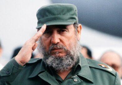 Estudiantes de #Jaruco rindieron homenaje a Fidel Castro a cuatro años de su desaparición física