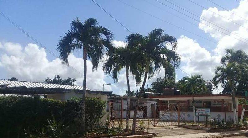 """Plaza Comercial """"El Agricultor"""", en #Jaruco.. Foto Marlene Caboverde"""