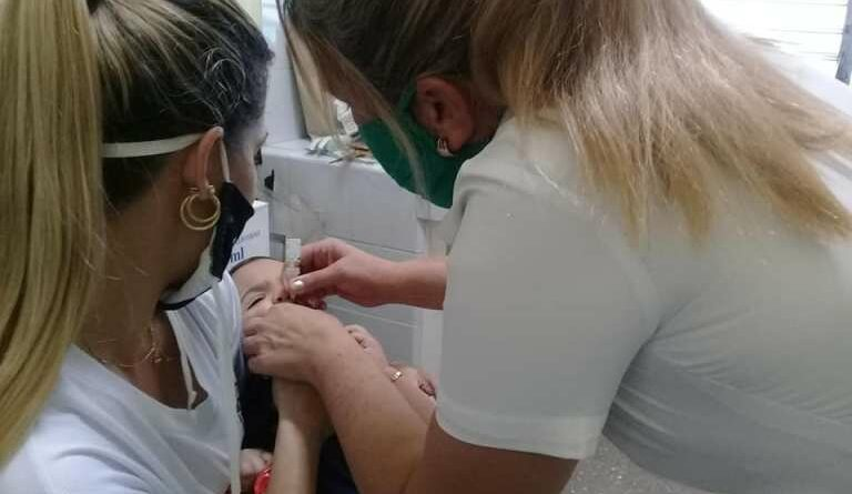 Vacunación Antipoliomielítica en Jaruco. Foto Marlene Caboverde