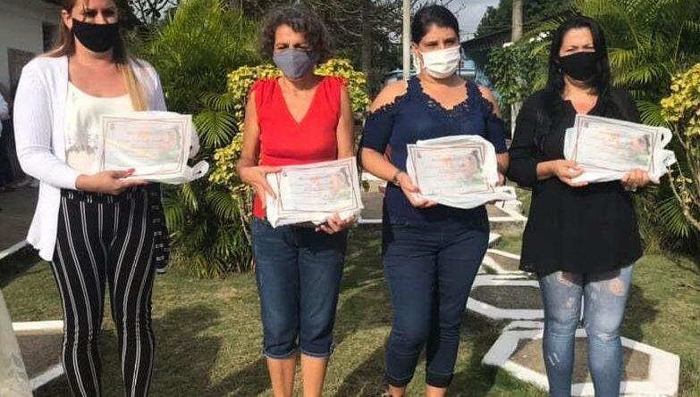 Festejaron en Jaruco el Día del Educador. Foto Yainely Guerra
