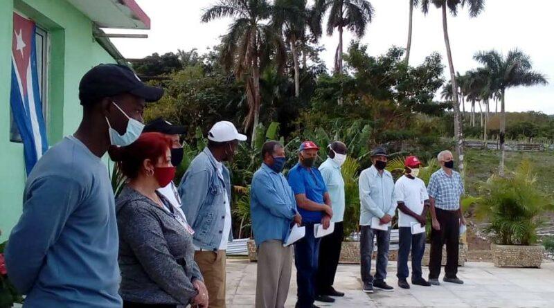 Este 5 de enero, los trabajadores de la Unidad Empresarial de Base Gustavo Machín Hoed, ubicada en Jaruco, conmemoran el aniversario 53 de la fundación de la planta. Foto Anelis Diaz