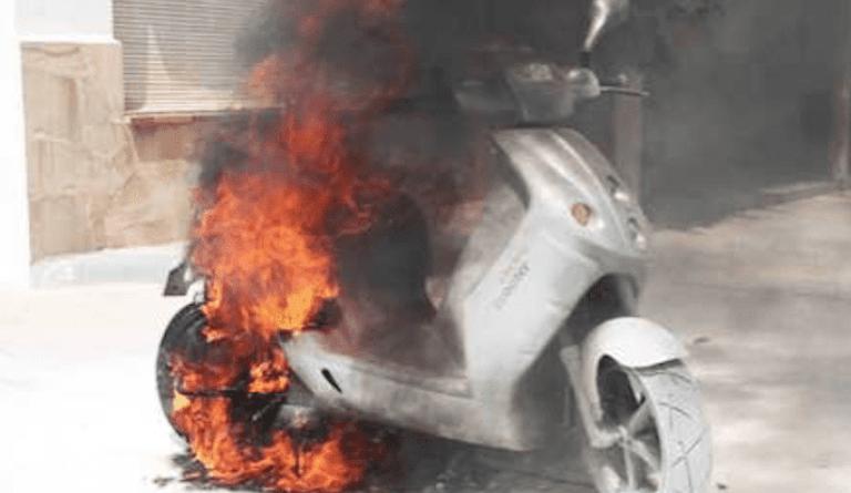 Motos eléctricas, un peligro actual.