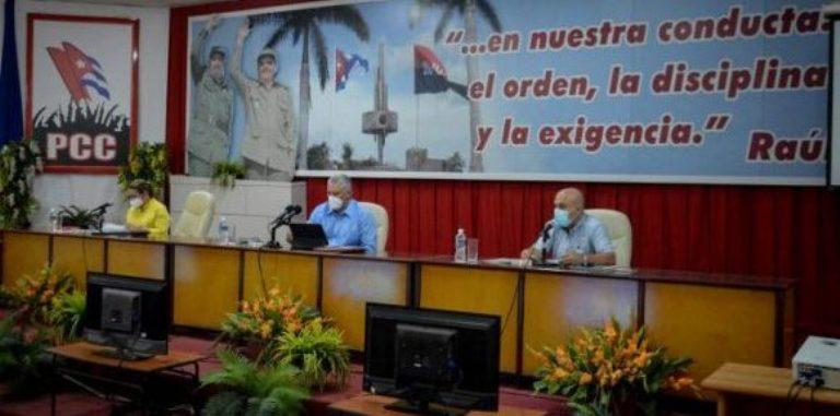 Díaz-Canel: El Partido tiene que trabajar para que no haya problema sin