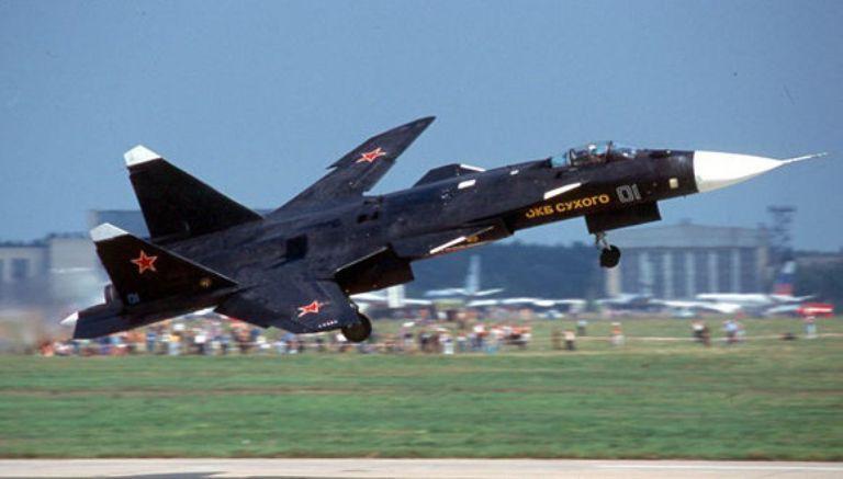 Sukhoi Su-47. En los ejercicios militares conjuntos Rusia-China intervendrán aviones de combate, artillería y blindados. Foto: Wikipedia