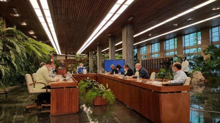Gobierno de Cuba se dirige al pueblo en la mañana de este lunes Foto: Estudios Revolución