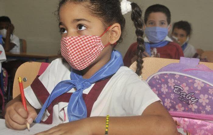 El reinicio de las actividades docentes dependerá de la situación epidemiológica. Foto: Ismael Batista Ramírez