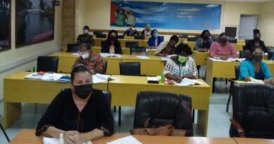 Diputados de Mayabeque analizan modificaciones en proyectos de leyes de Cuba. Foto: Suli Mary Carrasco Fonte
