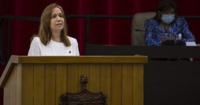 Vicepresidenta de la Asamblea Nacional, Ana María Mari Machado. Foto: Irene Pérez/ Cubadebate.