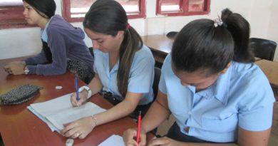 Estudiantes de Duodécimo Grado se presentaran a los exámenes para ingresar a la Universidad
