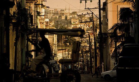 Publican nuevas normas jurídicas para el ordenamiento y legalización de la vivienda en Cuba.