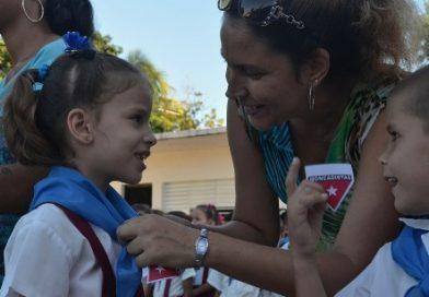 Homenaje a la Madre Cubana